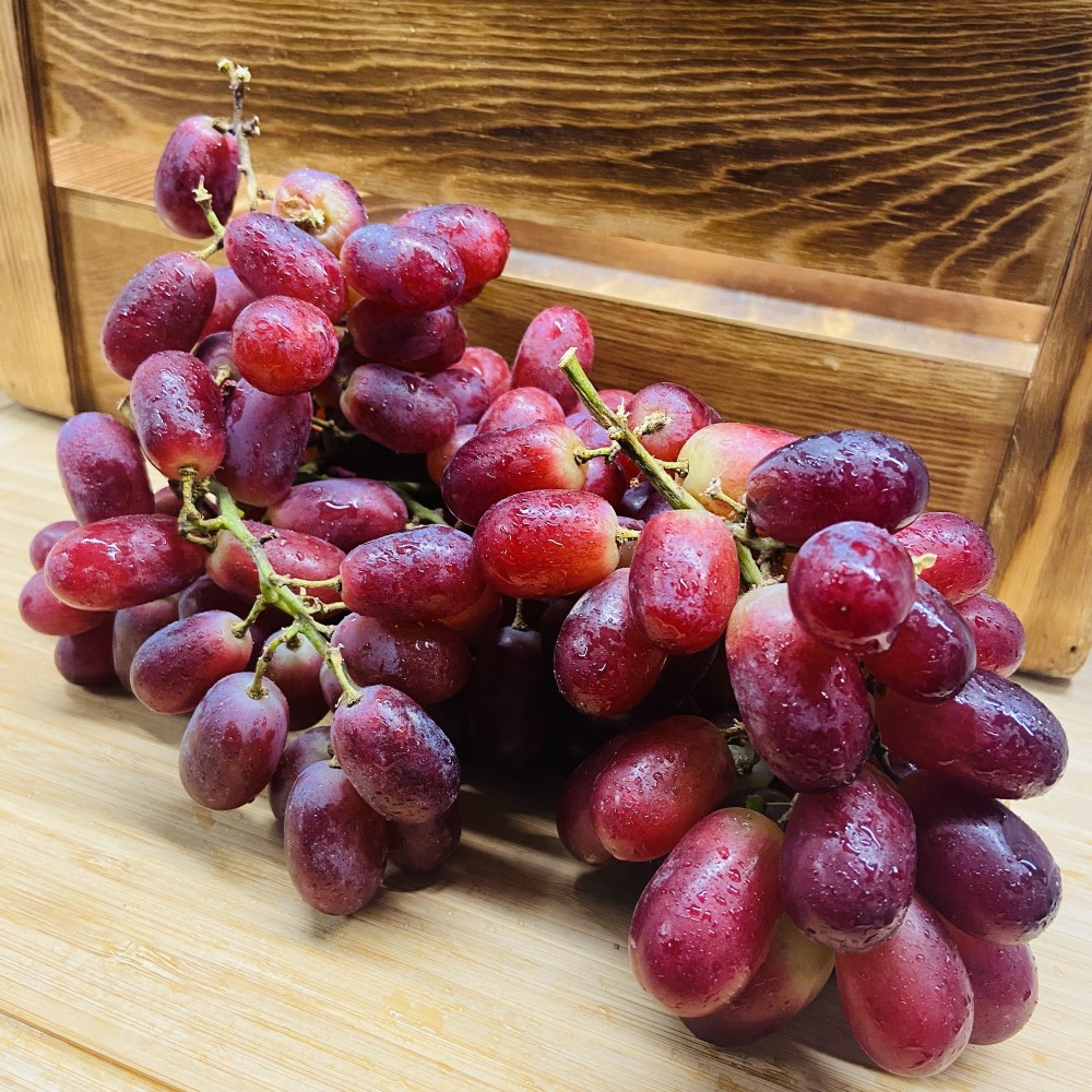 Red Seedless Grapes (Per lb)