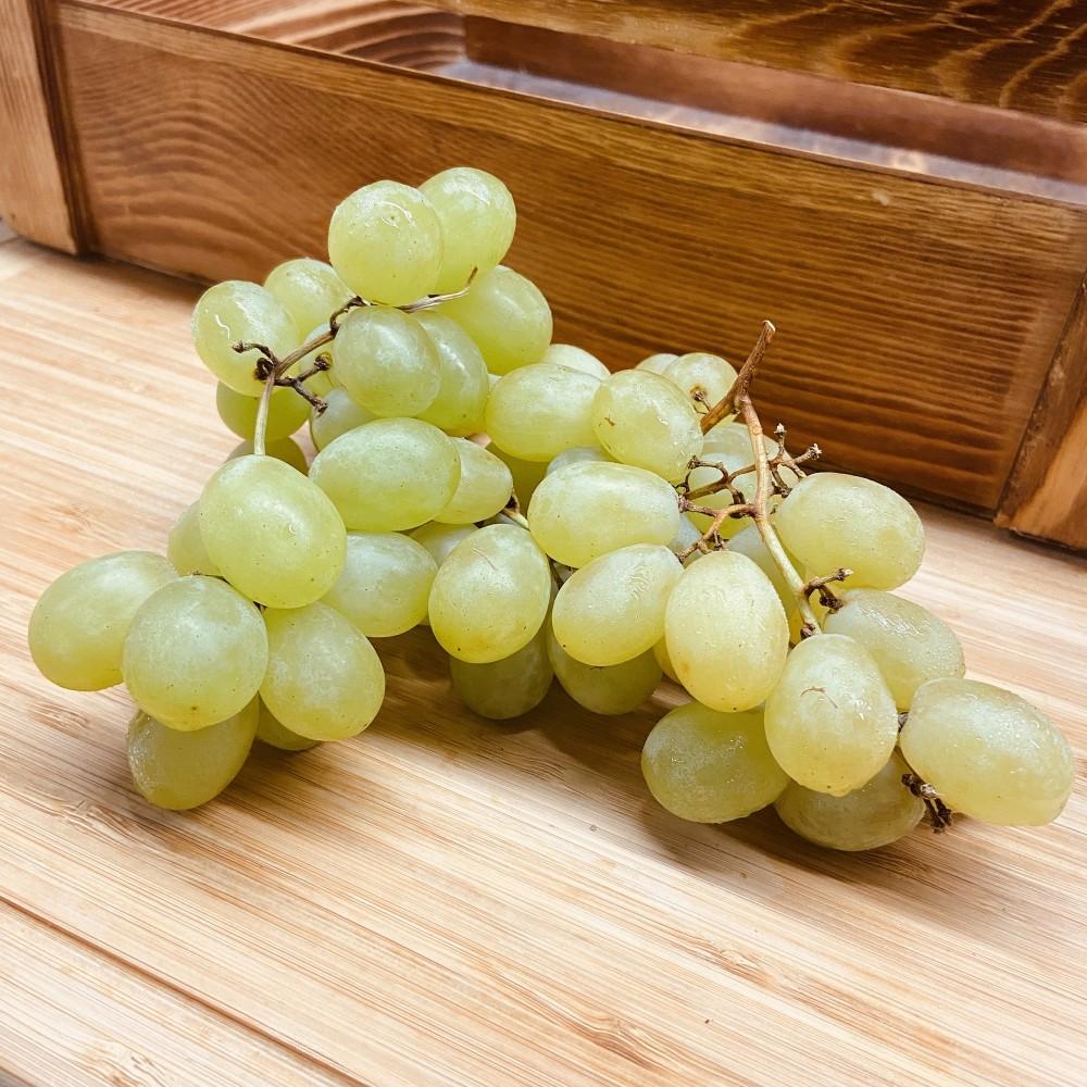 Green Seedless Grapes (Per lb)