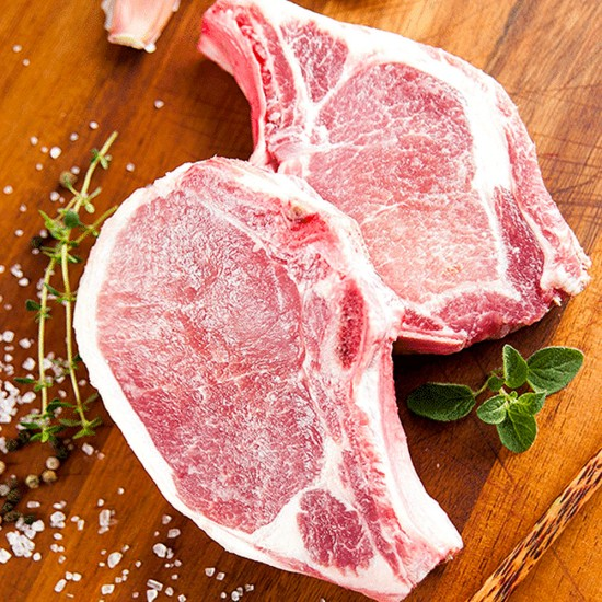 Fresh Pork Chops (8 oz)